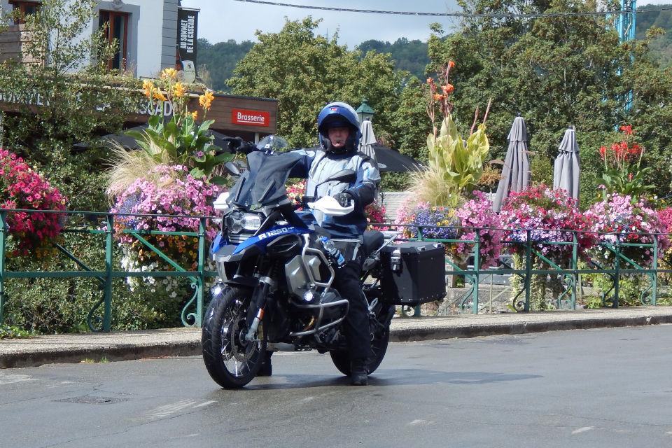 Motorrijbewijspoint Lelystad examengarantie AVB en AVD